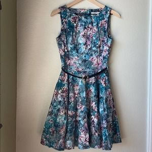 Closet London Belted Floral Dress w/Pockets